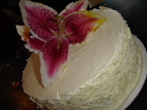 ladies luncheon cake