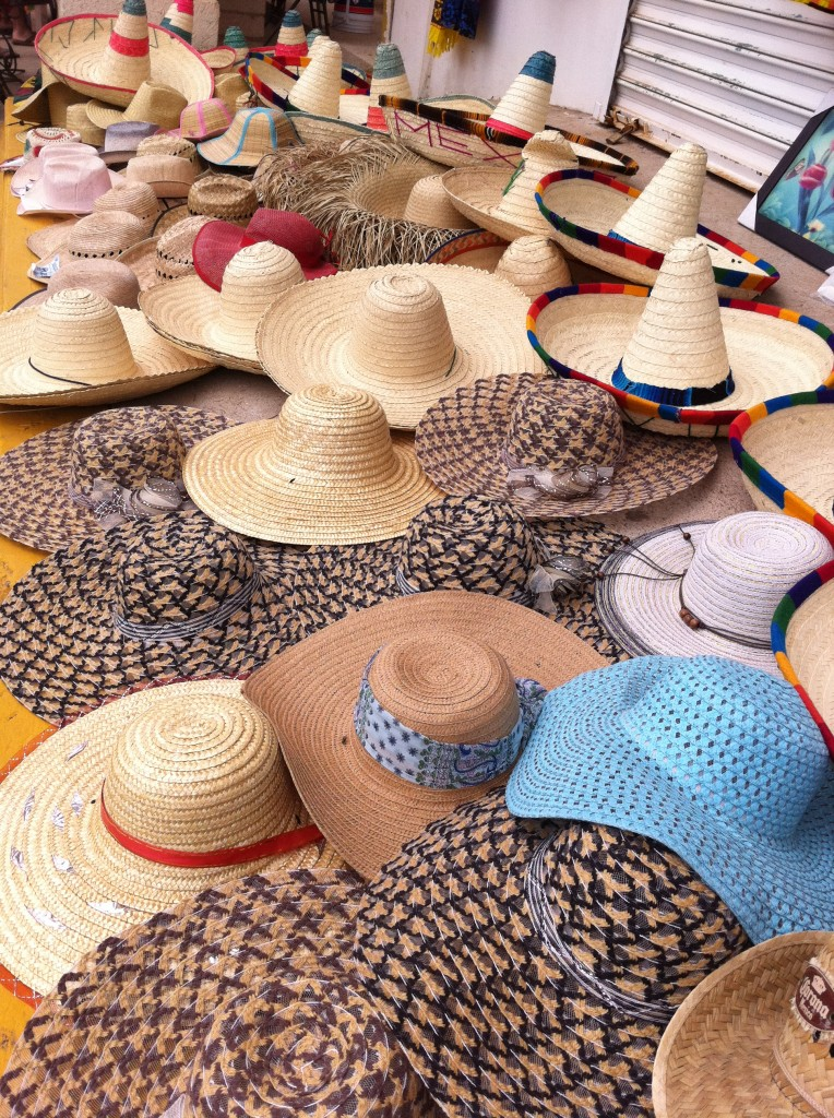 hats at la bufadora market
