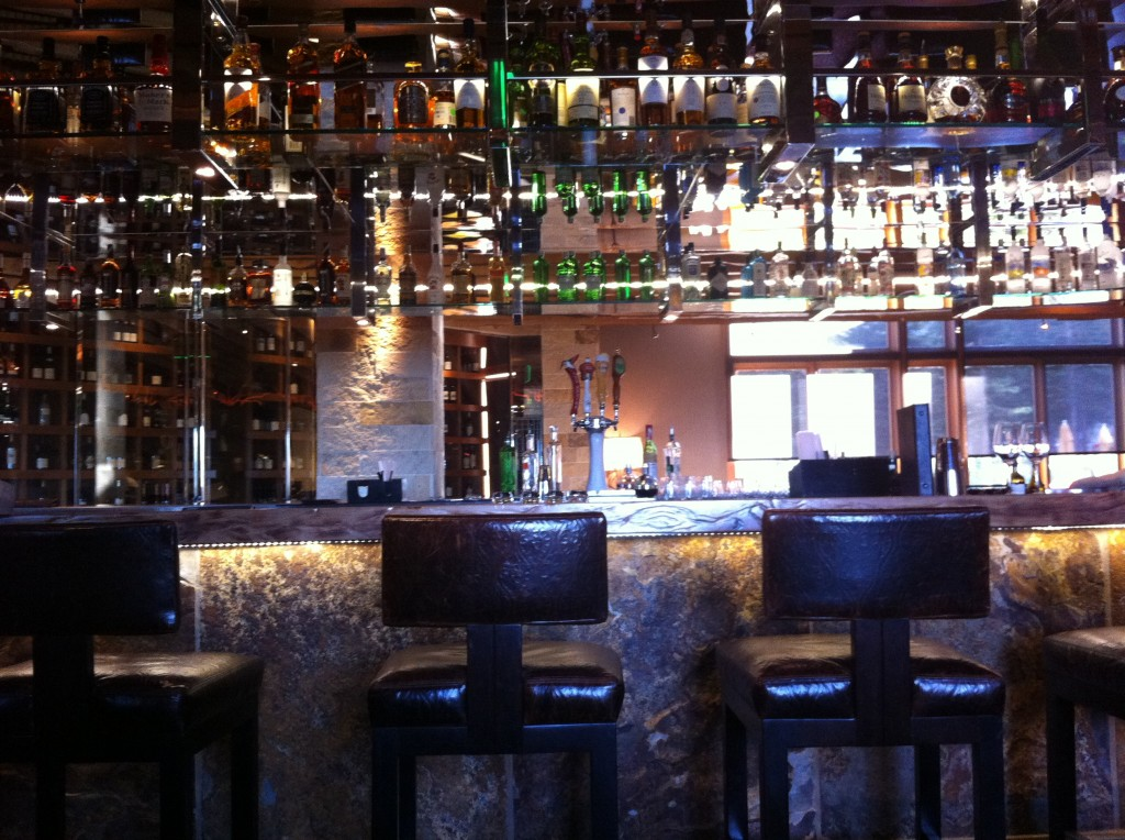 Manzanita Restaurant Bar in Lake Tahoe