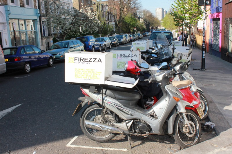 vespa pizza in Notting Hill