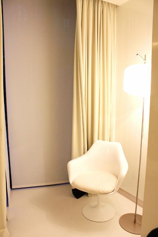 Mirror Hotel Room