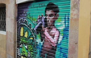 Barcelona Street Art -Camera