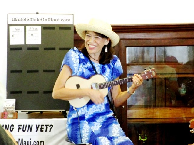 Learn to play the ukelele in Hawaii