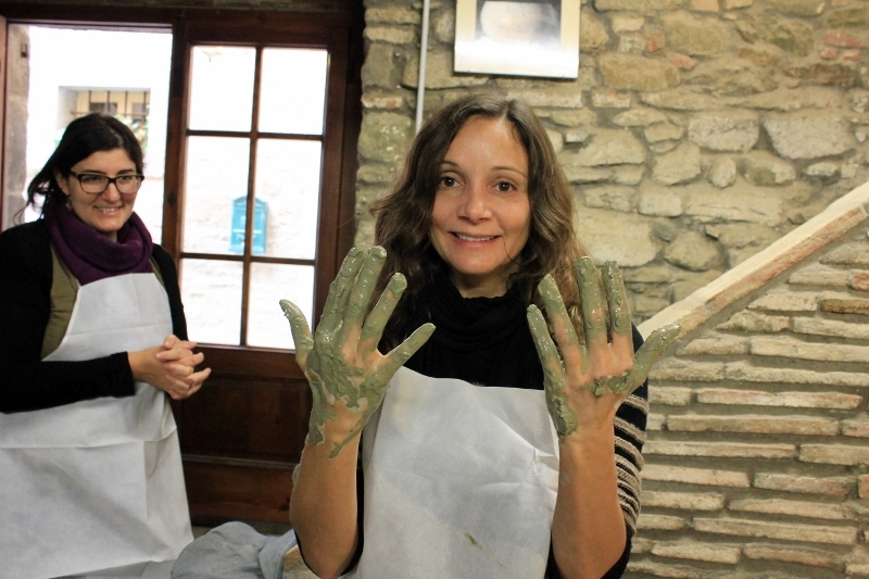 Annette White Dirty Hands in Tuscany