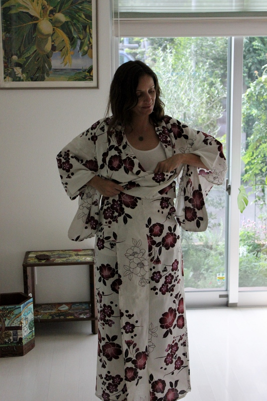 Annette White doing a Kimono Fitting in Japan