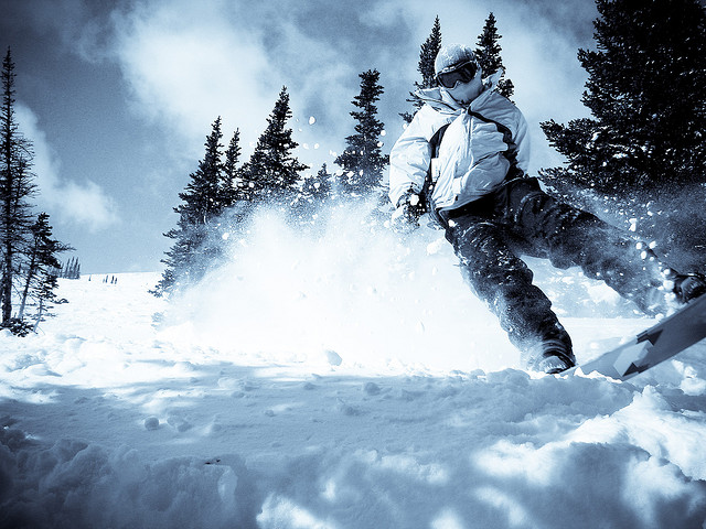 Winter Things to do: Snowboard