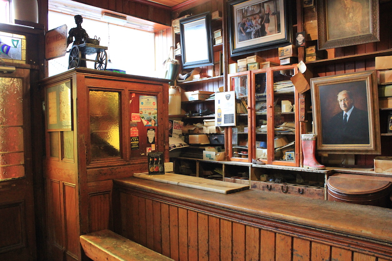 Dick Macks: Dingle Peninsula Pub Crawl Ireland
