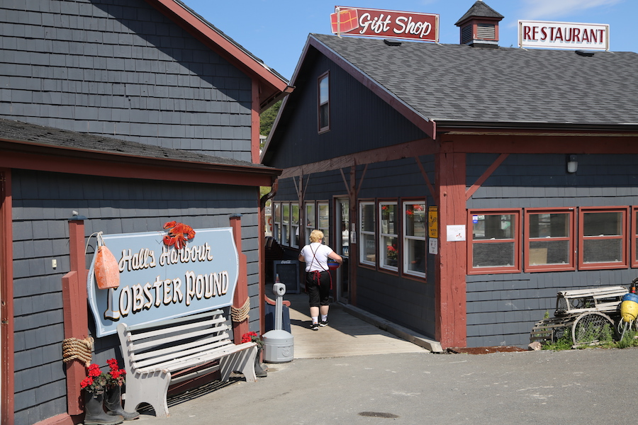 Hall's Harbour Lobster Pound in Nova Scotia