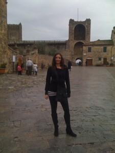 Annette White at Monteriggioni Castle