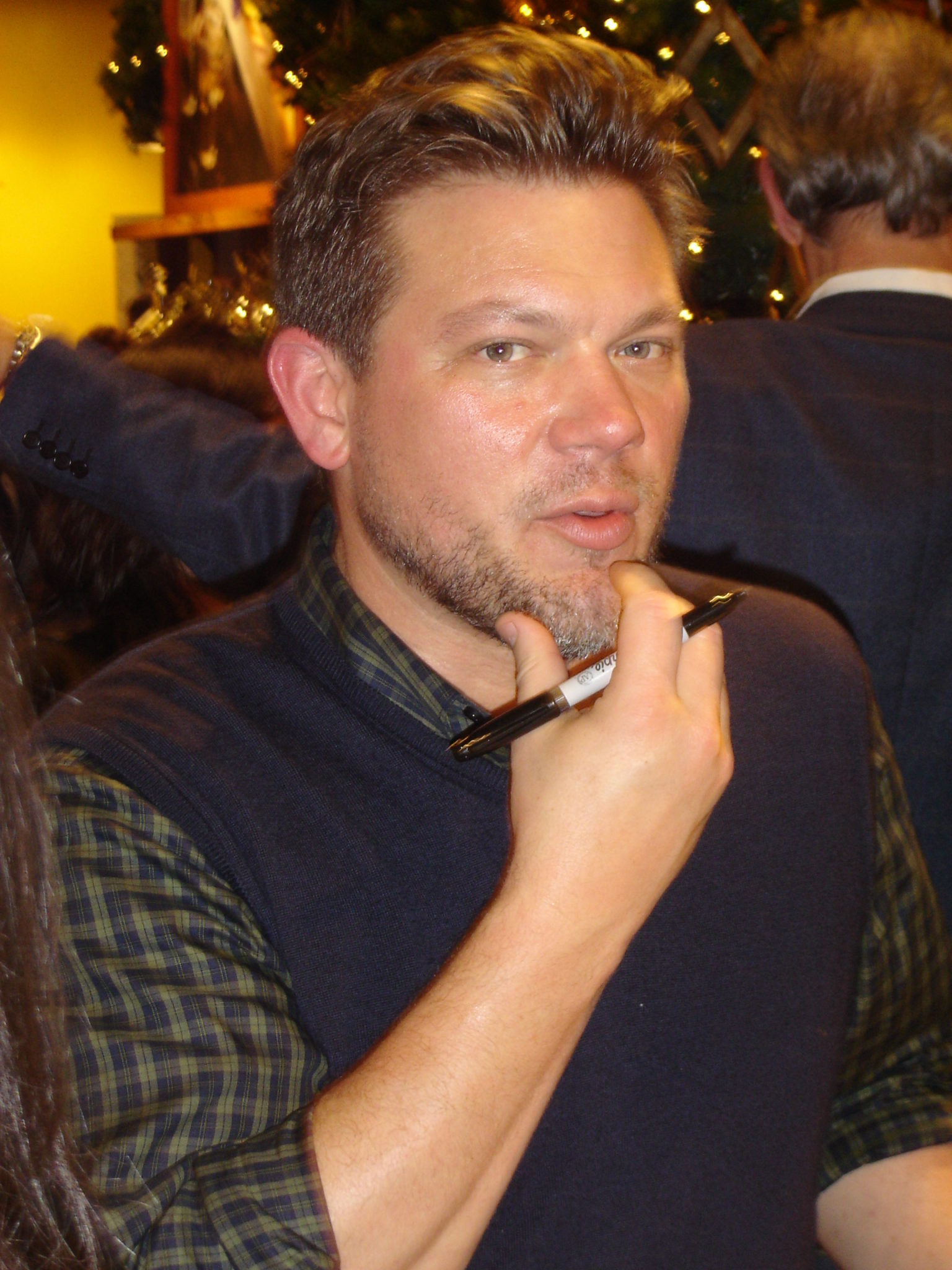 Celebrity Chef Tyler Florence - The Largest Round Table In ...