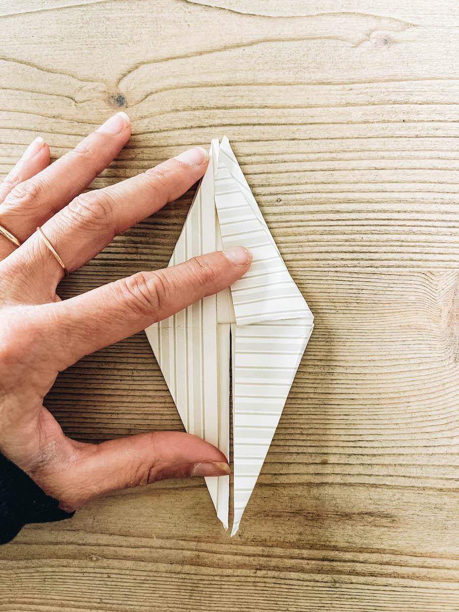 Origami diamond fold