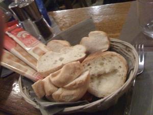restaurants in italy bread
