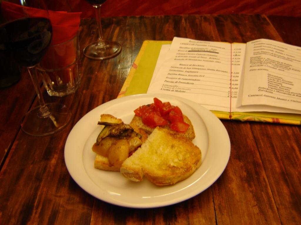 Italian Happy Hour Bruchetta at Note di Vino