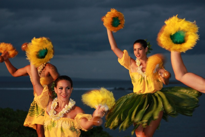 Best Things to do in Maui - Go to a Luau