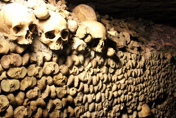 Life List: 100 Amazing Things To Do Before You Die: Visit the Catacombs in Paris