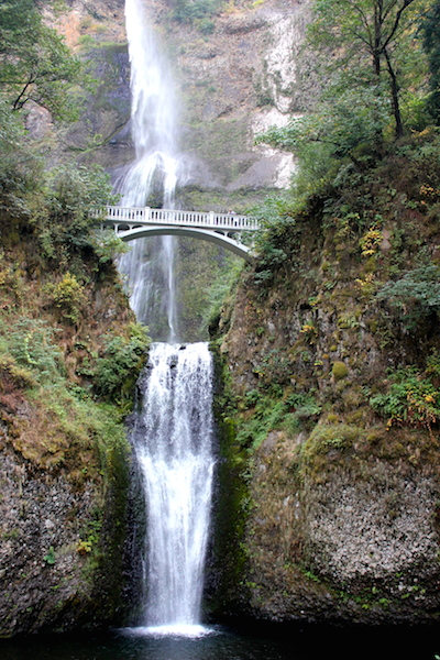 FunThings to do in Portland Oregon: Multnomah Falls