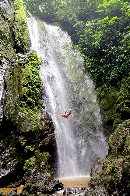 Annette White Waterfall Rappel in Osa Peninsula, Costa Rica