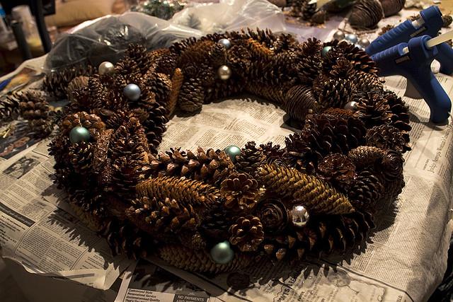 Make a Pine Cone Wreath | Christmas Bucket List