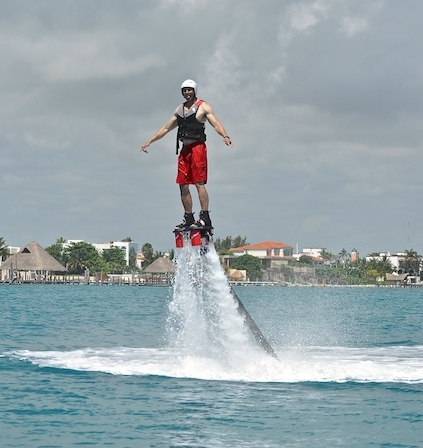 Flyboarding Jetpack Cancun, Mexico