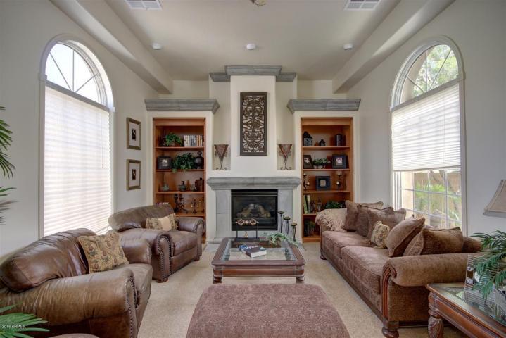 Annette White Arizona Home - Living Room