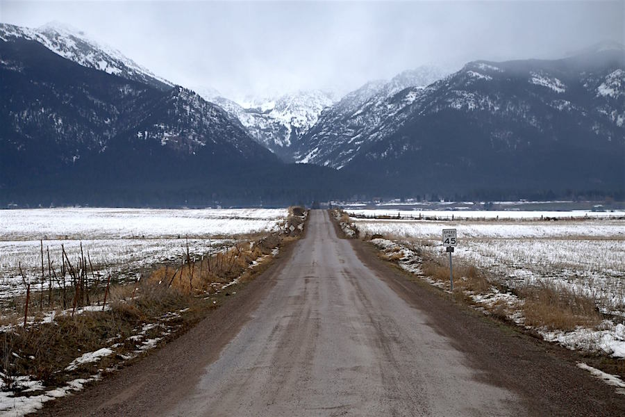 The road to Kalispell in Montana