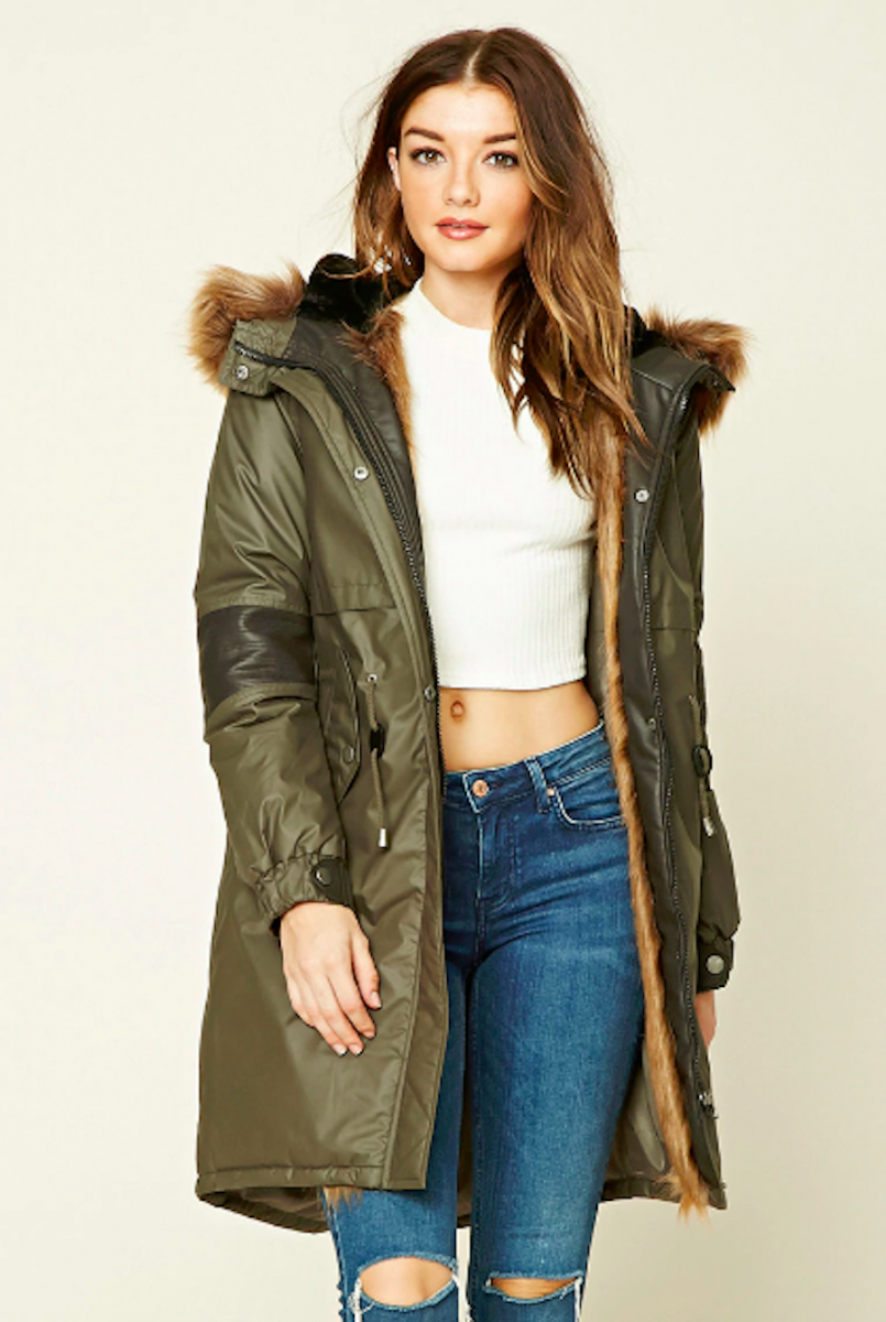Cute Women's Jackets & Coats Jackets should be both practical and fashionable, and Free People's jacket & outerwear collection includes so many options for both. Whether you need a lightweight windbreaker or denim jacket for fall months, or a fleece or suede winter coat to get you through the colder months, these are your go-to's.