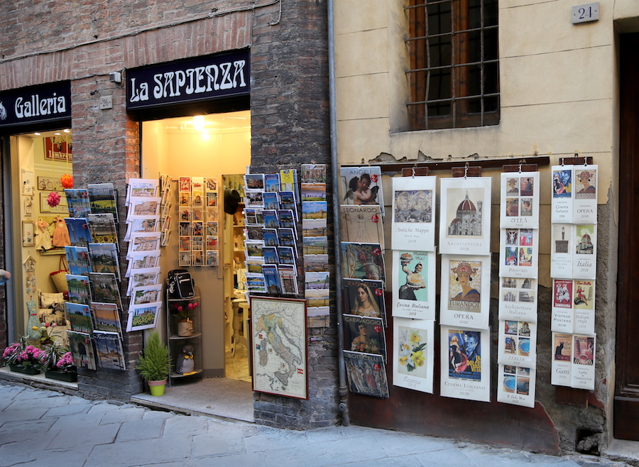 Cute shop in Siena, Northern Italy, Tuscany