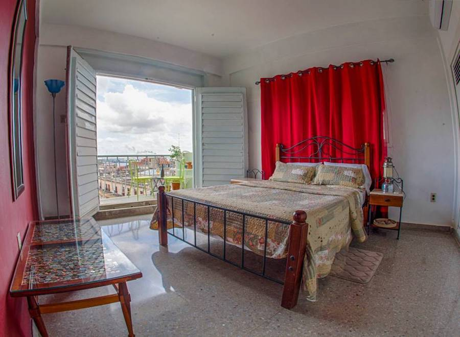 Places to Stay in Havana, Cuba: An Airbnb rental
