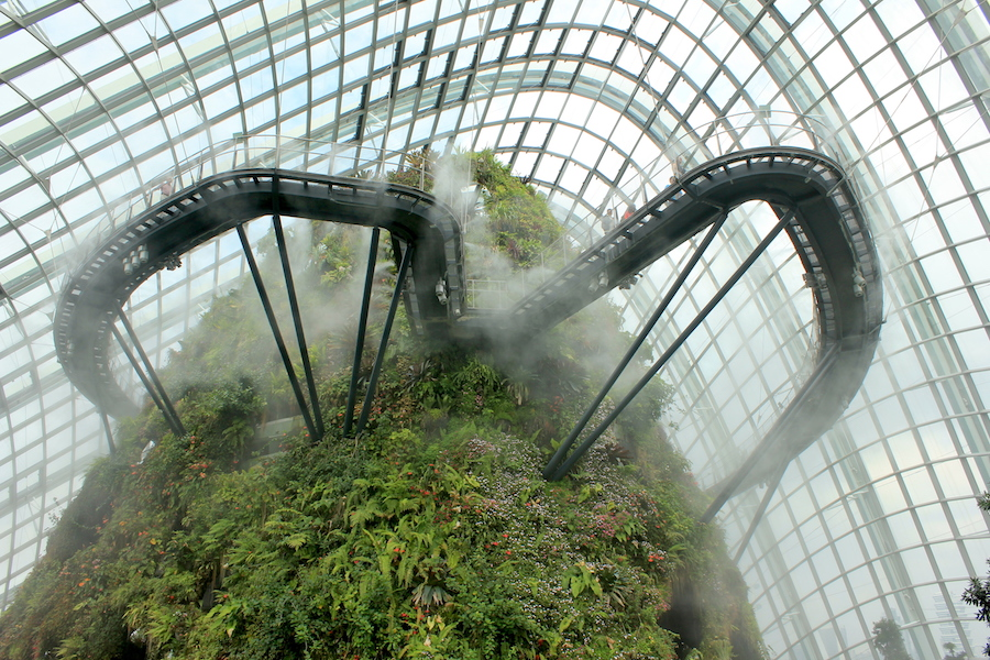 Ultimate Singapore Tourist Attraction: Cloud Forest at Gardens by the Bay