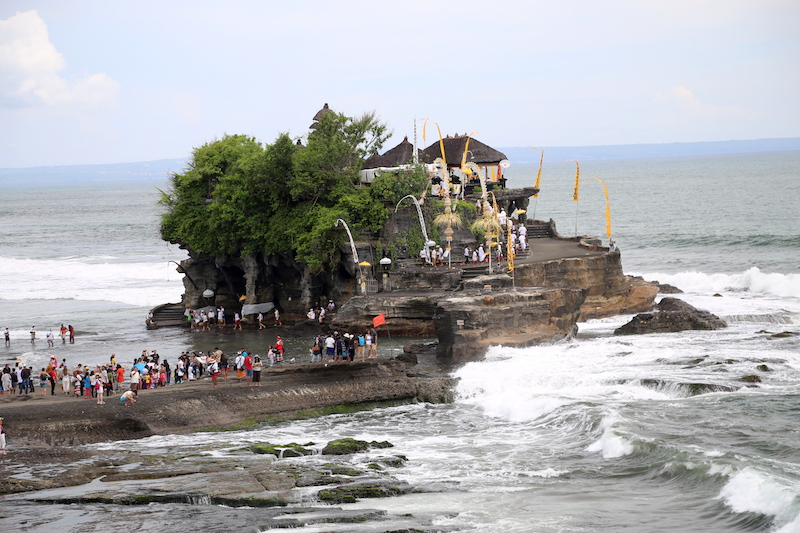 Bali Cruise Points of Interest: Tanah Lot Temple
