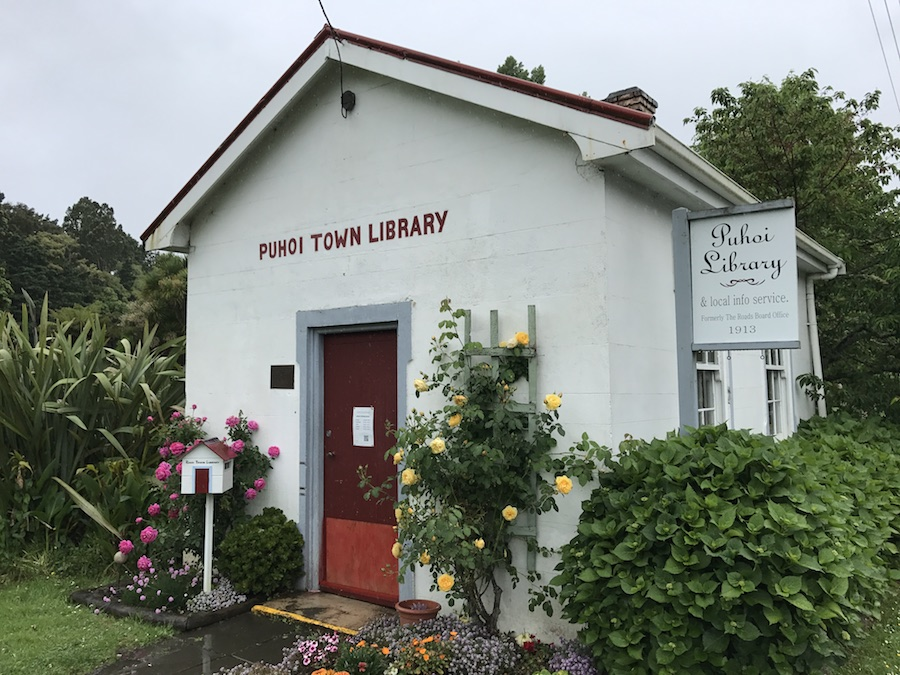 New Zealand Adventure: A Road Trip on the North and South Islands: Puhoi Library