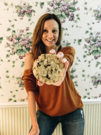 Annette White with a Cookie
