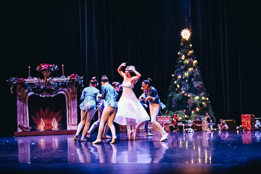 The Festive Holiday Nutcracker Ballet