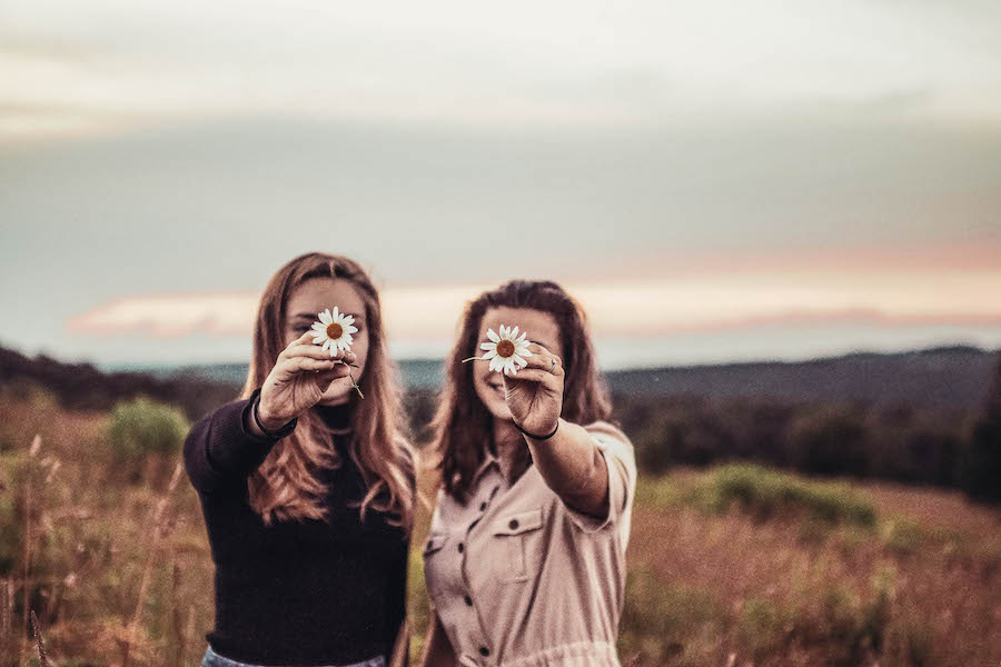A flower Selfie with Girlfriends